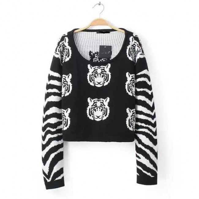 Tigers Cropped Black Sweater