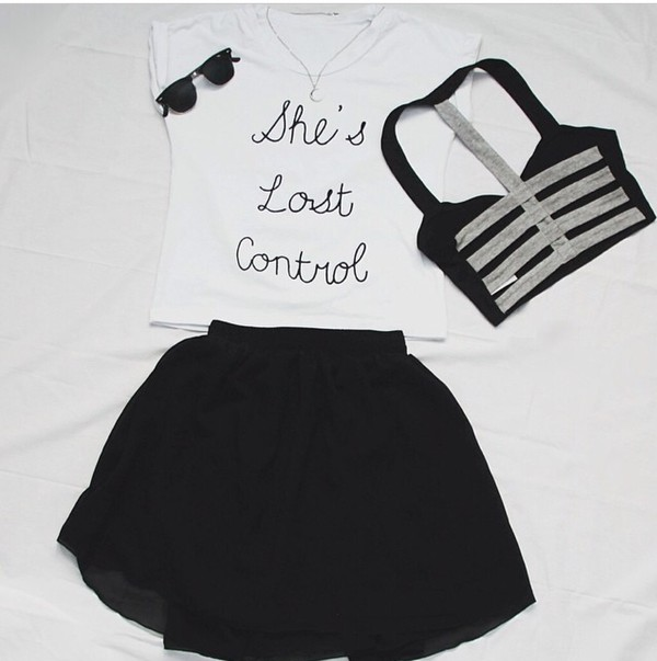 sunglasses bustier shorts t-shirt shirt