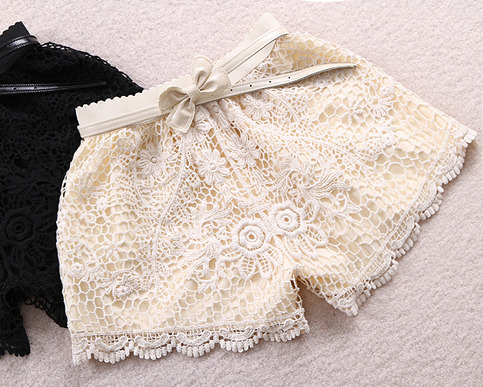 LACE SHORTS WITH CROCHET EDGE AND BOW WAIST [248] on Luulla