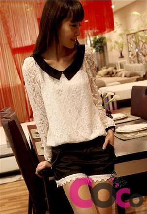 White Lace Long Sleeves Blouse with White Retro Collar and Cute Small Bows