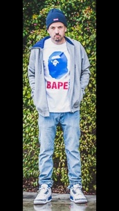 shirt,it's bape