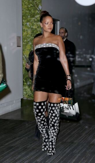 shoes mini dress rihanna nyfw 2017 ny fashion week 2017 fashion week over the knee velvet over the knee boots strapless