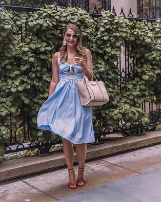 visions of vogue blogger dress shoes bag jewels sunglasses tie front dress sandals blue dress