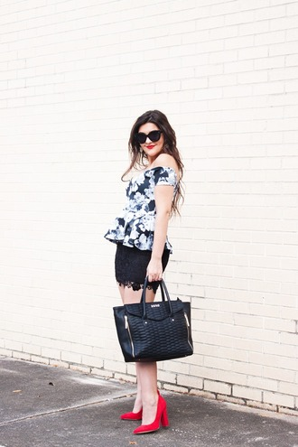 carly maddox blogger peplum top mini skirt crochet lace skirt black bag floral top off the shoulder red heels