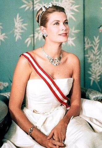 jewels grace kelly princess necklace statement necklace crown dress white dress maxi dress actress retro