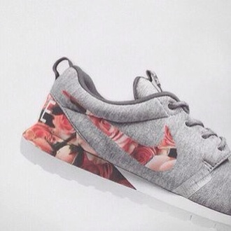 shoes nike roshe run grey jersey flowers