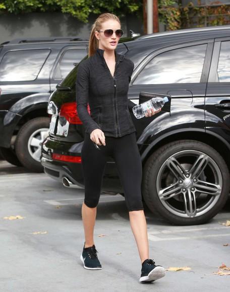 rosie huntington-whiteley leggings sweatshirt sportswear sunglasses