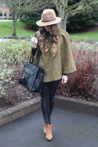 looks like rein blogger leggings shoes hat bag jewels shirt