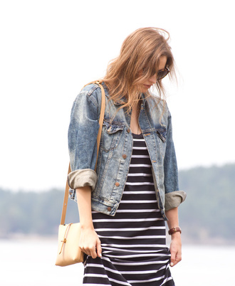 styling my life blogger denim jacket striped dress