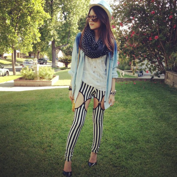 pants leggings suspenders stripes striped trousers vertical stripe black and white cut-out fashion blogger Pop Couture