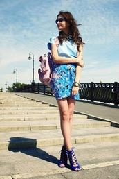 oh my blog,t-shirt,skirt,shoes,jewels,sunglasses