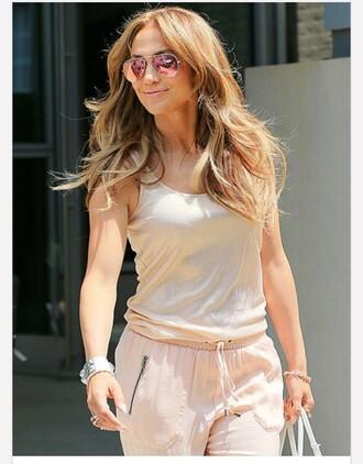 jennifer lopez pants sunglasses celebrity style celebrity mirrored sunglasses tank top white tank top hairstyles