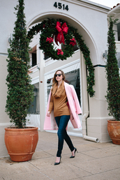 side smile style,blogger,jeans,sunglasses,rust,pink coat,coat,sweater,shoes,jewels