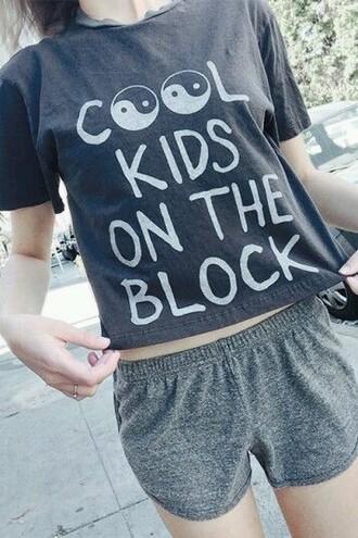 shirt tumblr shirt grey t-shirt grudge outfit grunge t-shirt