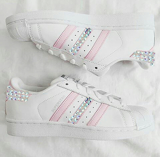 shoes pink adidas pink adidas pink sneakers sneakers stripes superstar supergirl diamonds bling swarovski crystal gem rhinestones white all white everything pinksummer one direction sportswear