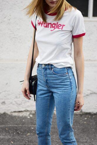 t-shirt tumblr white t-shirt denim jeans blue jeans bag black bag