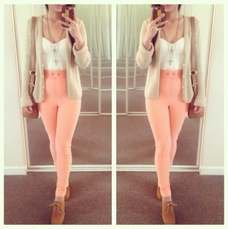 jeans coral jeans high waisted jeans high waisted pants cardigan nude high heels sweater cute shoes cute sweater shoes bag jewels jacket leggings pants shirt tank top top