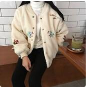 jacket,beige,white,embroidered jacket,bomber jacket,flowers,soft