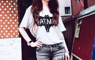 t-shirt love batman batman women's t-shirt women's t-shirt swag summer outfits summer t-shirt batman short t-shirt grey t-shirt crewneck sweater dope