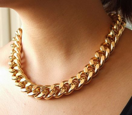 Chic Gold Necklace