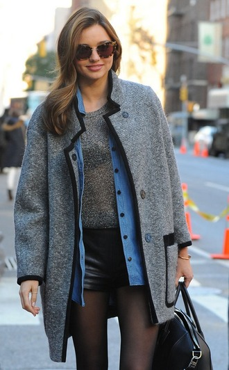 shorts black shorts leather shorts top grey top coat grey coat miranda kerr celebrity style celebrity model bag black bag sunglasses tortoise shell sunglasses