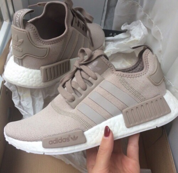 shoes adidas nmd beige adidas nmd adidas nmd r1 nmd adidas adidas nmd nude wheretoget. Black Bedroom Furniture Sets. Home Design Ideas