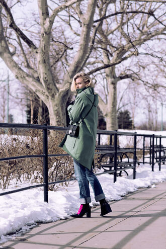 zanita blogger coat green coat mini bag dress shoes bag