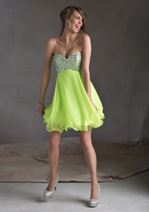 Sweetheart Short Green Beading Chiffon A Line Cocktail/Homecoming Dress Oss0016