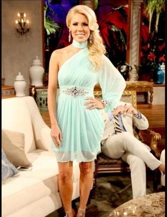 dress grechen real housewives of orange counnty light teal dress season finale blonde hair skinny girls flowy dress classy dress prom dress chandelier earrings