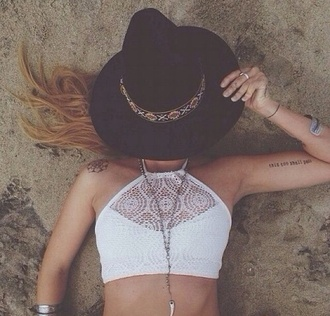 top cute summer summer top tan white top white crop top lace lacy top crop tops 90s style jacket hat hair accessory