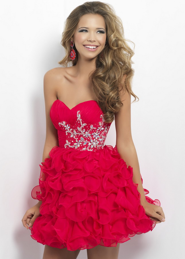 RED HOMECOMING DRESS - Omenas Benen