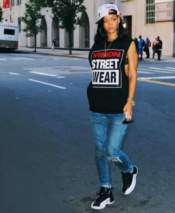 shirt jeans shoes hat sneakers rihanna
