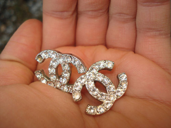 jewels jewelry earrings chanel diamonds