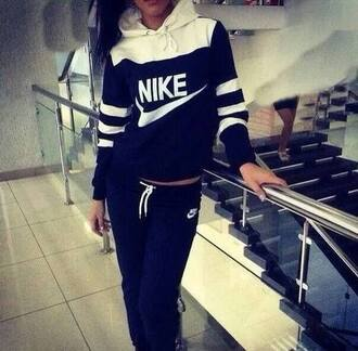 sweater jogging black white nike sportswear treetwear jumpsuit