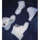 shoes,whitetimberlands,timberlands boots,white shoes,timberland,nike air force 1 high top,timberland boots shoes,timerlands,matching couples,nike air,timberlands,white,nike,white timberlands,nike air force 1