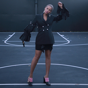 jacket,skirt,mini skirt,beyonce,black blazer,celebrity,instagram