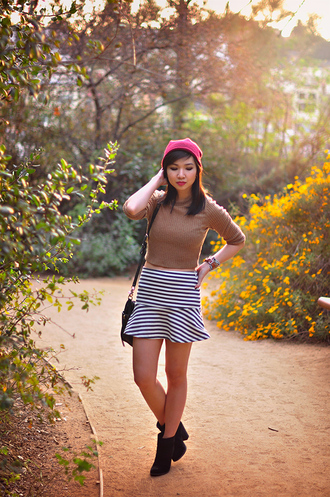 blogger shoes fresh fizzle striped skirt cropped sweater beanie