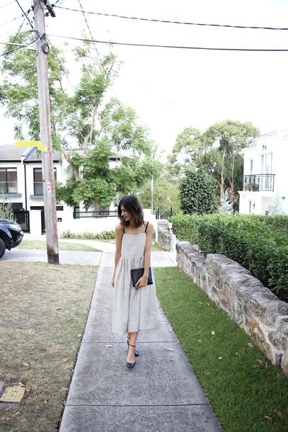 mademoiselle blogger dress shoes bag jewels midi dress clutch pumps