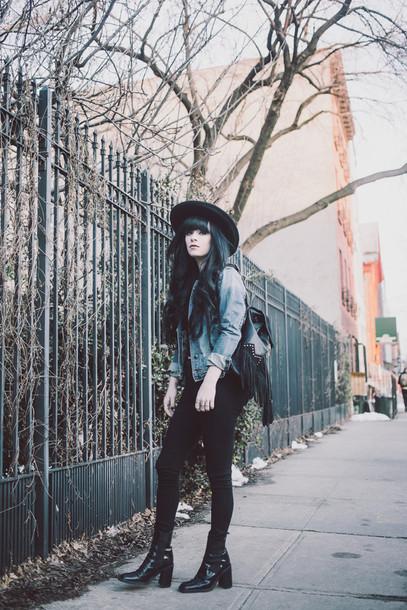 jag lever blogger jeans denim jacket black jeans top jacket bag hat shoes
