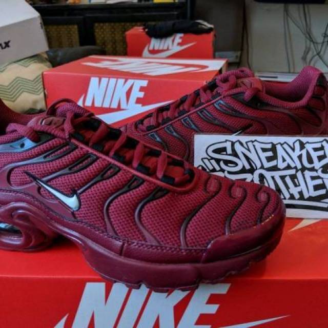 uk availability 1dc37 6ed65 Nike Air Max Plus TN Tuned 1 GS Team Red Black Bred White 655020-603 98  Bubble