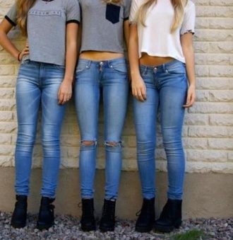 shirt grey t-shirt white t-shirt black shoes light jeans shoes