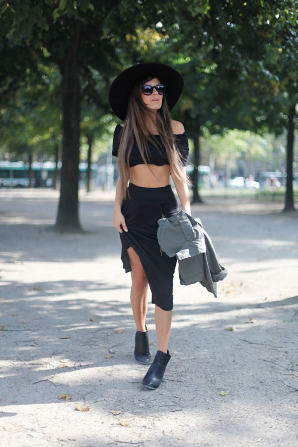 frassy blogger top skirt sunglasses shoes