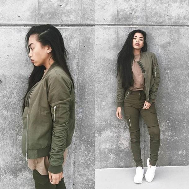 Khaki jacket kylie jenner
