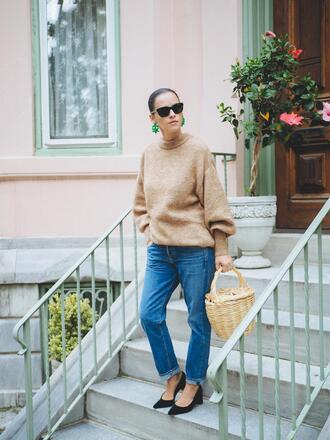 sweater tumblr camel camel sweater beige sweater denim jeans blue jeans pumps pointed toe pumps bag sunglasses