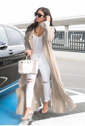 jeans,celebrity style,kim kardashian,white,white ripped jeans,skinny jeans