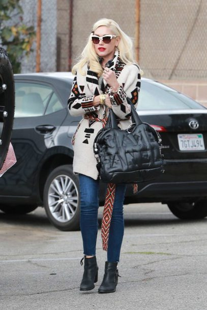 jacket fall outfits streetstyle jeans gwen stefani sunglasses