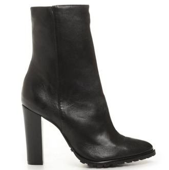 shoes square heel black black heels black boots black booties booties thick heel black booties heeled black boots