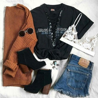 sweater cute black top lace up top brown sweater denim shorts ankle boots lace bralette outfit t-shirt lace bra frayed denim rust knitted sweater sweater weather black t-shirt shirt cardigan black boots jeans denim sunglasses jewels white