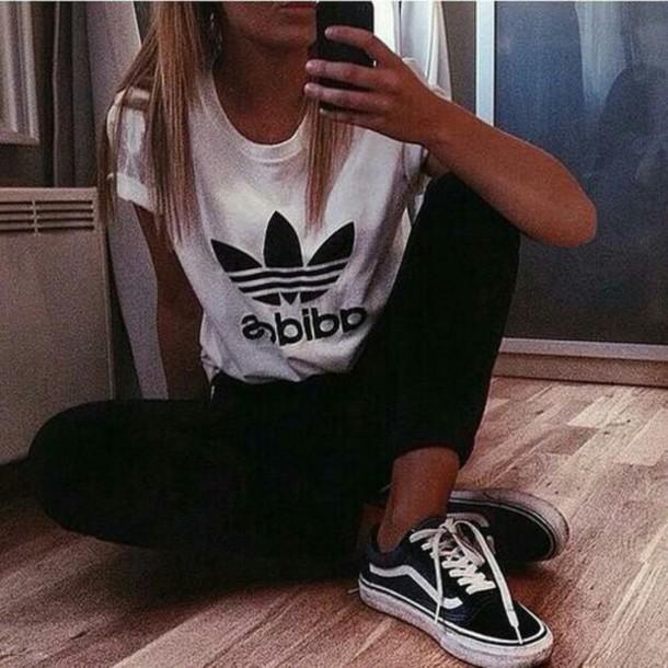 t-shirt adidas shoes