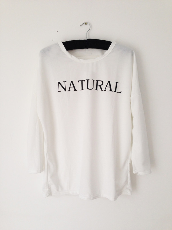 sweater sweatshirt shirt clothes clothes natural london streetwear urban streetwear fashion white oversized t-shirt graphic tee celebrity style celebrity style steal lazy day